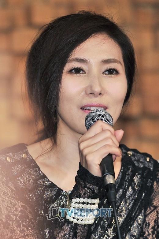 歌手チャン・ヘジンの母、23日に死去…25日に出棺 - Kstyle