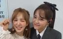 元gugudan キム・セジョン、Red Velvet ウェンディとの2ショットを公開…キュートな表情